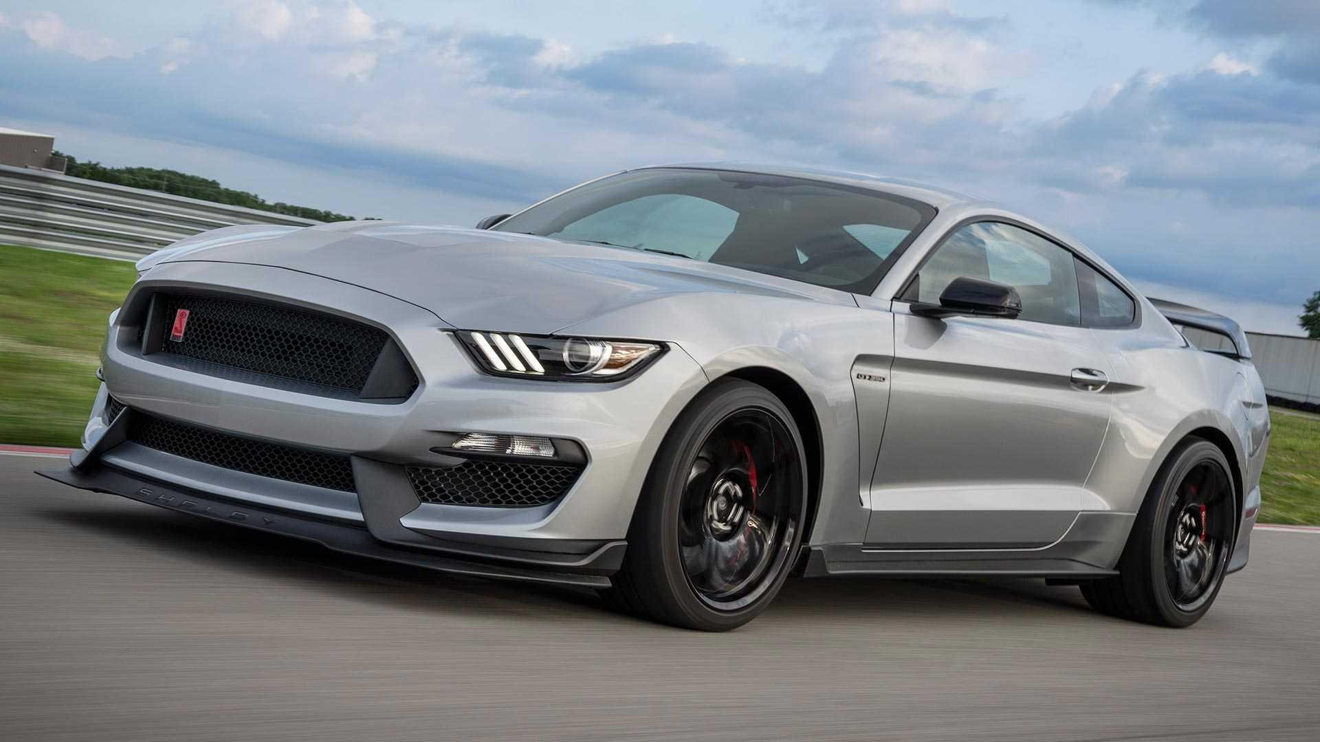 Ford Mustang Shelby GT350R 2020 : Suspensi, Rem, dan Harga Meningkat