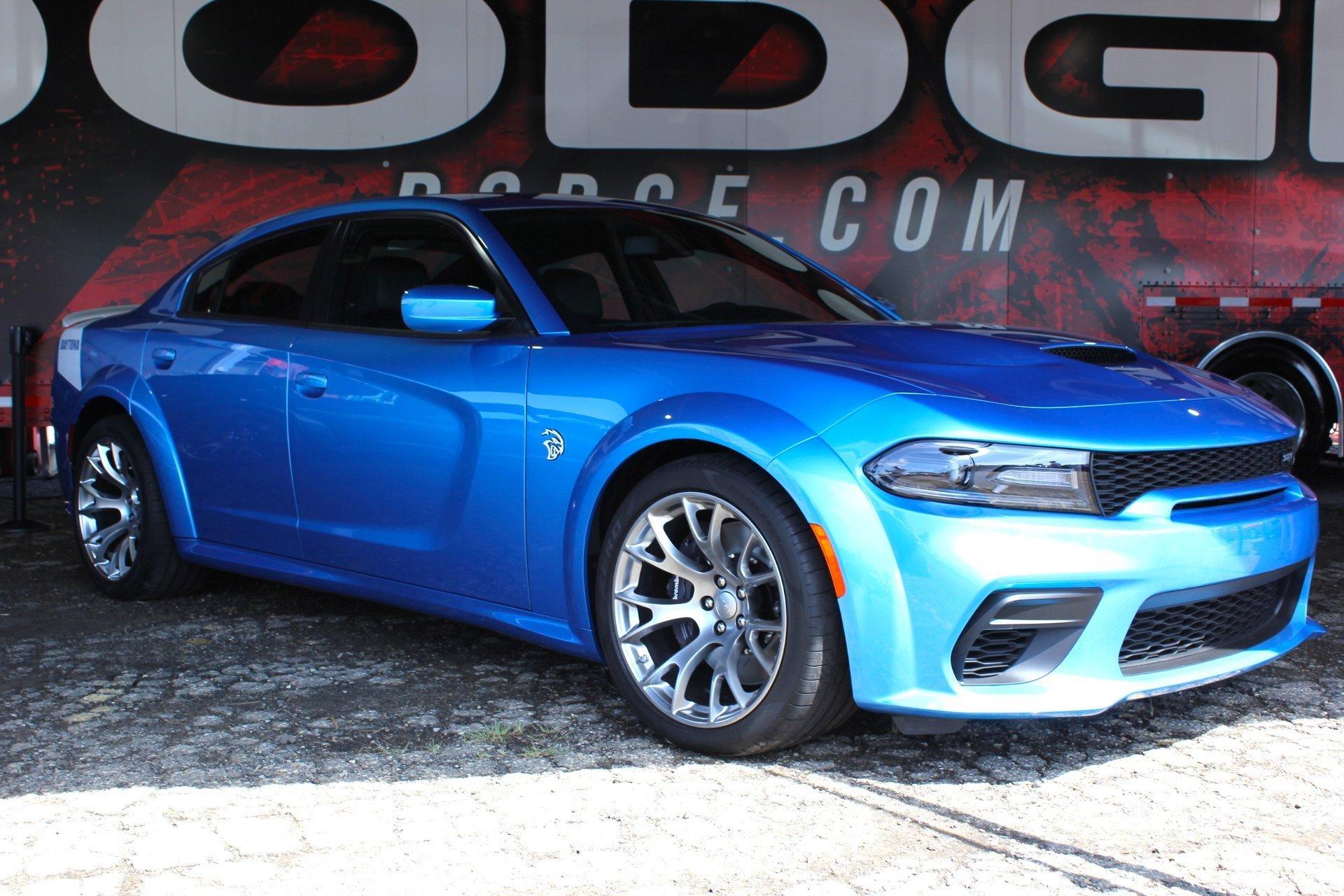 Dodge Charger Hellcat Turun Harga