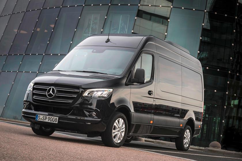 Mercedes-Benz Sprinter Van 2020 Dapat Tambahan Diesel 4 Silinder