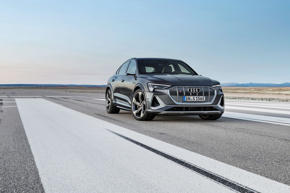 Audi Etron Tambahkan Model S High Performance 496 HP